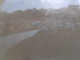 ツーリング客の多いキャンプ場でのテント