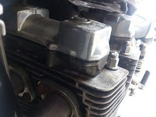 XJR1200のヘッドカバーからのオイル漏れ