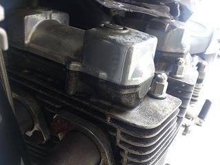 エンジンの塗装の剥がれ