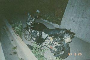 スピードの出し過ぎで事故したバイク