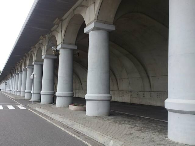 ヨーロッパ建築をイメージする北防波堤ドーム