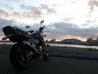 徳山港の那智ふ頭で愛車の撮影