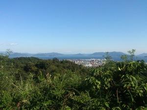 山陽道の宮島SAから厳島神社方面を臨む