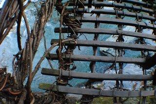 かずら橋の足元