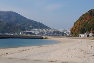 とびしま海道に掛る豊浜大橋
