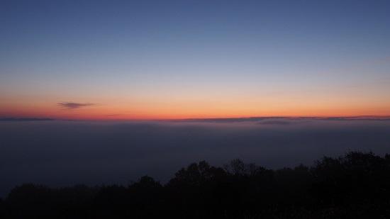 三次霧の海展望台から見た夜明け