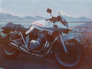 gimp2で加工したバイクの古い写真