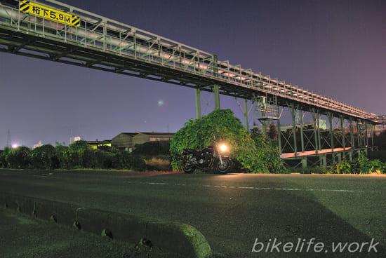raw現像した大竹の工場夜景の写真