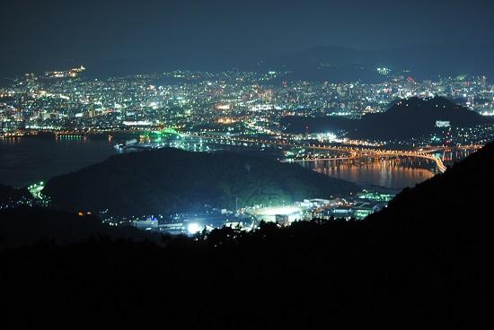 絵下山からみた広島の夜景