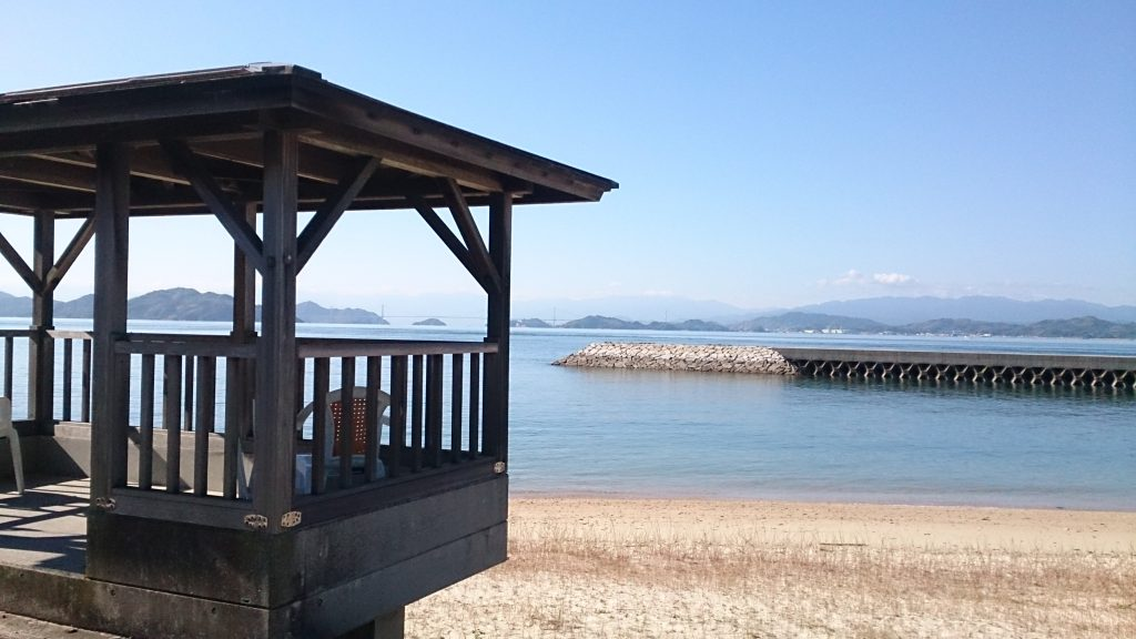 大三島ふるさと憩の家の目の前にあるビーチ