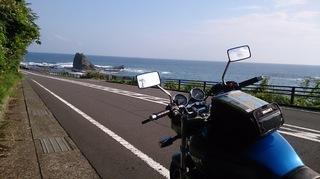 本州最南端までは太平洋を臨む海沿いの道