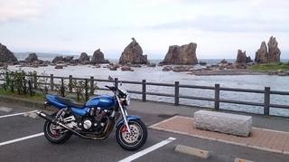 串本町にある橋杭