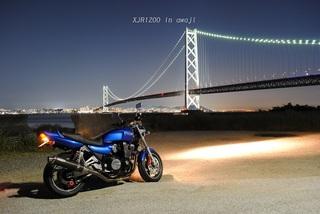 明石海峡大橋の夜景とXJR1200