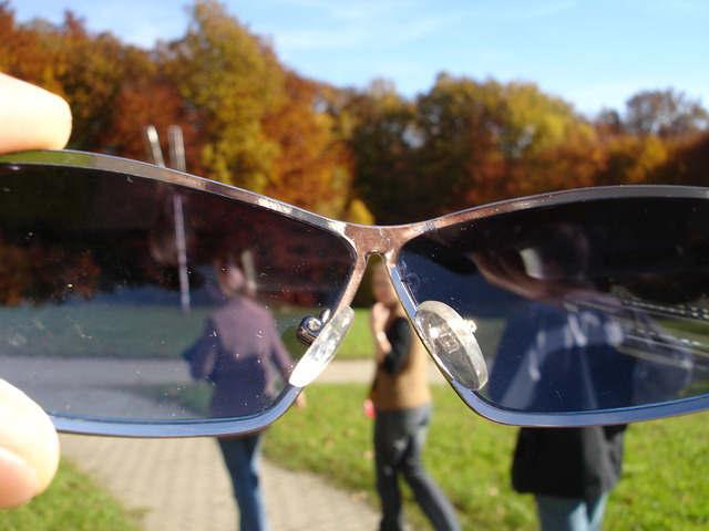 メガネの回りが日焼けする