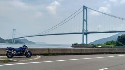 下蒲刈から見上げる安芸灘大橋