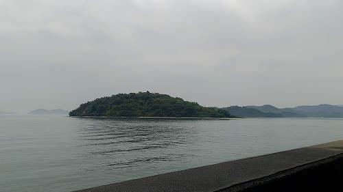 横から見たハート島