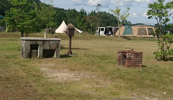 緑水湖オートキャンプ場のテントサイトの設備