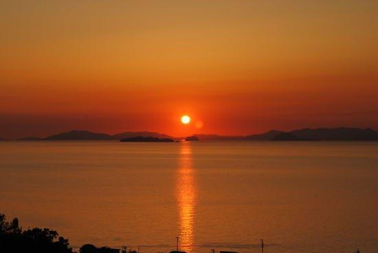 SSTRは日の出から日没まで行われる