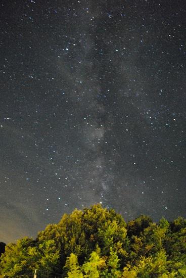 一眼レフで撮った星空とスマホで撮影した星空の写真と比較