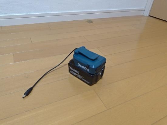 空調服のバッテリーホルダーでUSB製品の充電ができる