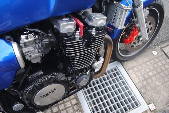 塗装して1年が経過したエンジン