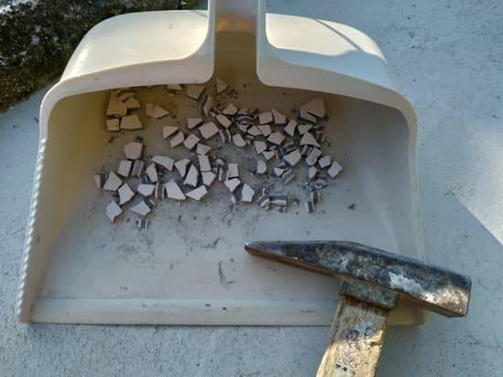 端材の再利用のため砕いたエコカラット