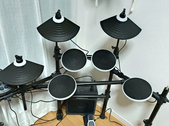 電子ドラムのスネアの位置を調整したい