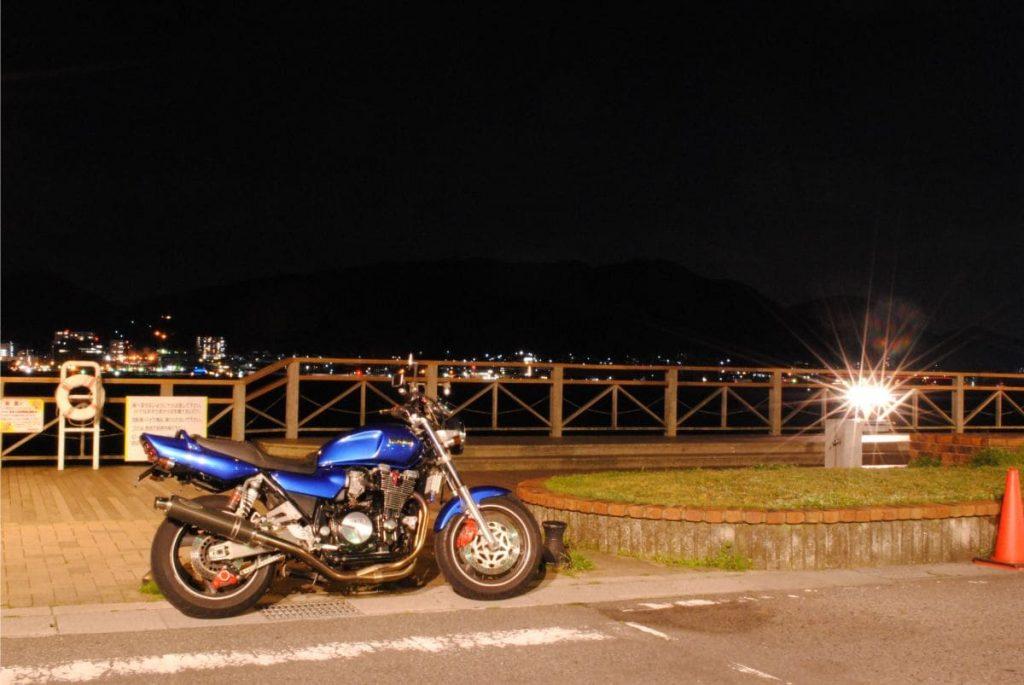 唐戸市場海沿いの夜景