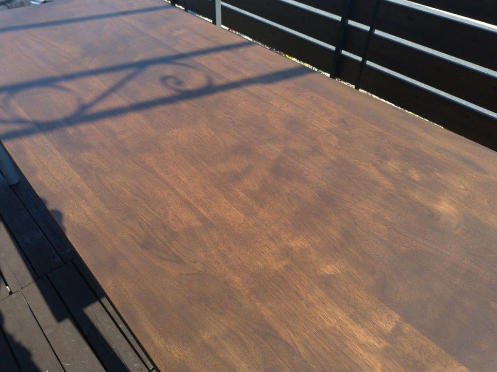 ダイニングテーブルの補修作業終了