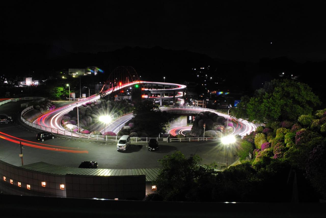 音戸大橋の夜景とぐるぐるビーム