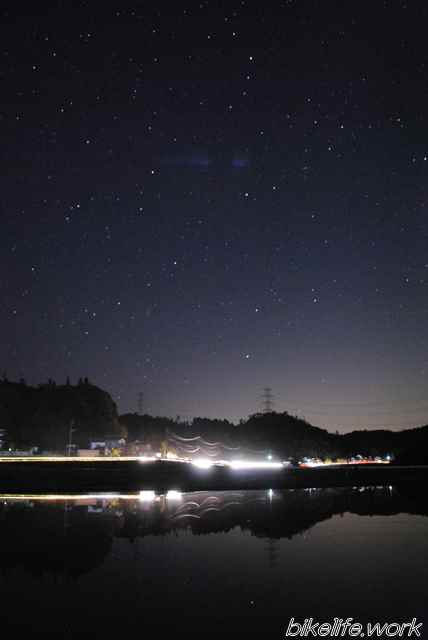 縦構図で撮影した星空