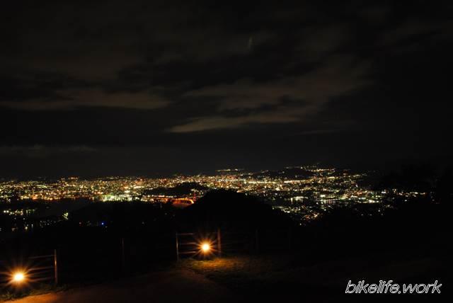 D3000のキットレンズで撮影した夜景